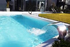 piscine a skimmer con fontana cobra