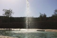 piscina naturale bio couture   dettaglio gioco d'acqua