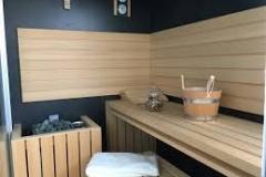 sasha sauna  jacuzzi